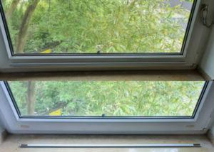 303 300x214 - Oscuranti magnetici per finestre
