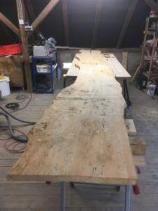 401 225x300 - Parete fotografica realizzata da una tavola di legno antica