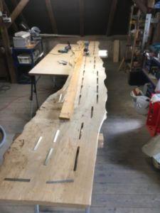 402 225x300 - Parete fotografica realizzata da una tavola di legno antica