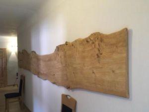 403 300x225 - Parete fotografica realizzata da una tavola di legno antica