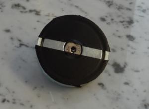 600 300x221 - Fissaggio magnetico di un pannello solare sul tetto